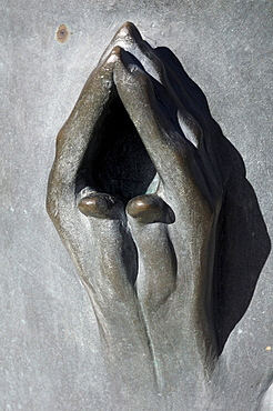 Hands, bronze sculpture Erden Engel, angels on earth, St. Nikolai Memorial, Hamburg, Germany, Europe