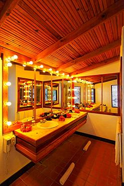Mirrored bathroom with lit bulbs, Luxury Hotel Anse Chastanet Resort, LCA, St. Lucia, Saint Lucia island, Leeward Islands, Lesser Antilles, Caribbean, Caribbean Sea