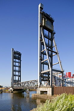 Rethe Lift Bridge, Hamburg, Germany, Europe