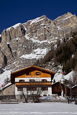 House in front of the Sella massif, Kolfuschg, Colfosco, Val Badia, Alta Badia, Dolomites, South Tyrol, Italy, Europe
