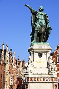 Jacob van Artevelde monument on Vrijdagsmarkt, Ghent, East Flanders, Belgium, Europe