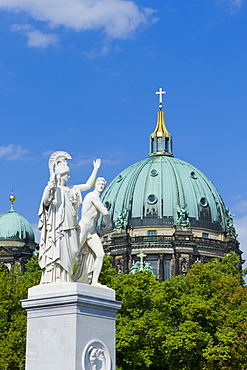 Athena and Warrior sculpture, by sculptor Albert Wolff, behind the Berliner Dom, protestant parish church and cathedral, Museumsinsel, UNESCO World Heritage Site, Berlin, Germany, Europe