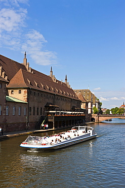 View from Quai Finkwiller over the Ill River, Strasbourg, Alsace, France, Europe