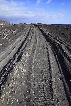 Tyre tracks on a beach with black sand, Tazacorte, La Palma, La Isla Verde, La Isla Bonita, Canary Islands, Islas Canarias, Spain, Europe