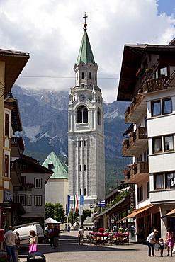 Church, Cortina d'Ampezzo, Belluno, Dolomiti, Italy, Europe