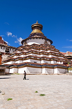 The Kumbum, Gyantse Monastery, Gyantse, Tibet, Asia