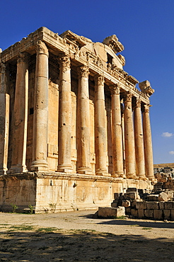 Antique Bacchus temple ruins at the archeological site of Baalbek, Unesco World Heritage Site, Bekaa Valley, Lebanon, Middle East, West Asia