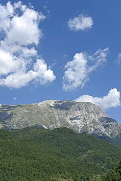 Monte Vettore seen from Arquata del Tronto, province of Ascoli Piceno, Marches, Italy, Europe