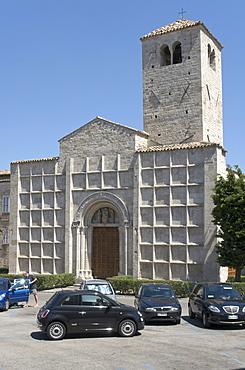 Church Santi Vincenzo e Anastasio, facade with 64 squares which were frescoed once, Piazza Ventidio Basso, Ascoli Piceno, Marches, Italy, Europe