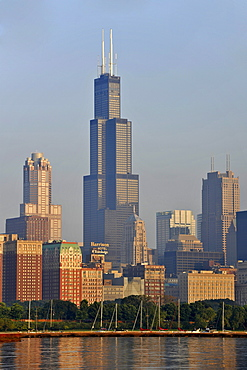 Willis Tower, formerly named Sears Tower and renamed in 2009, Lake Michigan, Chicago, Illinois, United States of America, USA
