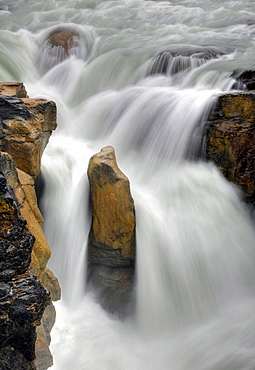 Sunwapta Falls waterfall, Sunwapta River, Jasper National Park, Canadian Rockies, Rocky Mountains, Alberta, Canada