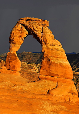 Delicate Arch, a natural stone arch, during a thunderstorm, Arches National Park, Moab, Utah, Southwest, United States of America, USA