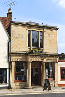 Osmond statuary and mason, St John Street, Salisbury, Wiltshire, England, United Kingdom, Europe