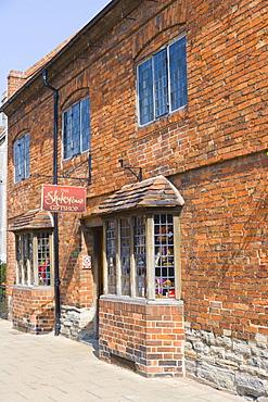The Shakespeare Gift Shop, Henley Street, Stratford-upon-Avon, Warwickshire, England, United Kingdom, Europe
