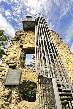 Keep with staircase and viewing platform of the Ruine Hohenhewen ruins, Landkreis Konstanz county, Baden-Wuerttemberg, Germany, Europe
