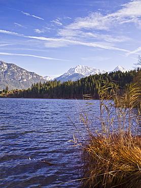 Barmsee lake with the Karwendel mountain range, Bavaria, Germany, Europe