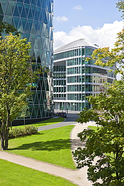 Office building to the Westhafen Tower of the OFB, designed by the architects Schneider + Schumacher and OFB project development GmbH, won the German Urban Development Prize in 2004, Westhafenplatz square, Frankfurt am Main, Hesse, Germany, Europe