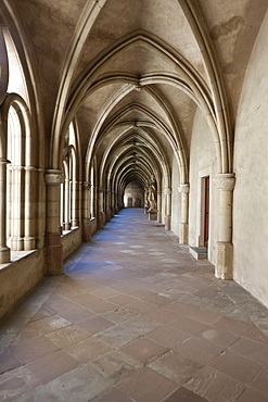 Cloister, Cathedral of Trier and Liebfrauenkirche church, Trier, Rhineland-Palatinate, Germany, Europe