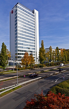 Radial road and view on a building of the Sparkasse building on the A 661, Frankfurt, Hesse, Germany, Europe