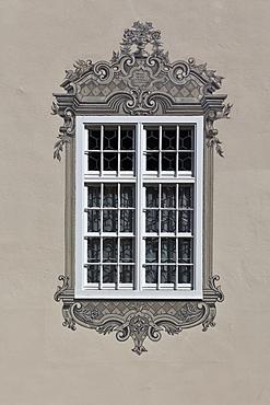 Window in the historic town centre, Mindelheim, Swabia, Unterallgaeu district, Bavaria, Germany, Europe