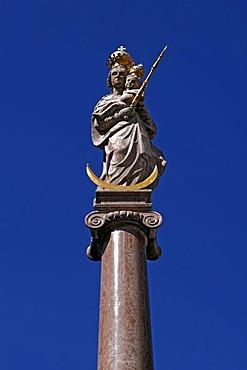 Marian column from 1698, Marienplatz square, Weilheim, Upper Bavaria, Germany, Europe