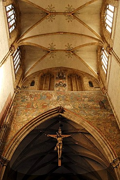 Gothic ceiling vault of Ulm Minster, crucifix and a wall fresco, Muensterplatz square, Ulm, Baden-Wuerttemberg, Germany, Europe