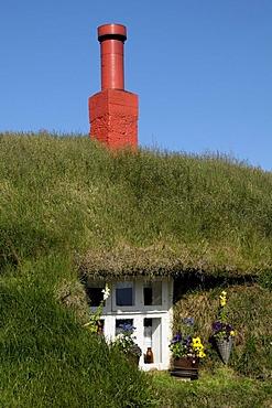 Grassy house, Lindarbakki, town of Bakkager?i, east Iceland, Europe
