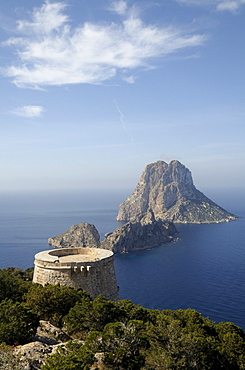 Torre del Pirata and the islands of Es Vedranell and Es Vedra, Ibiza, Pityuses, Balearic Islands, Spain, Europe