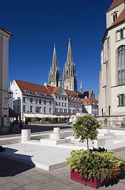 Regensburg Cathedral, UNESCO World Heritage Site, Neupfarrplatz square, Regensburg, Upper Palatinate, Bavaria, Germany, Europe