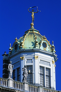 Le Roi de Espagne Grand Palace, guild house on Grand Place square, also known as Grote Markt square, Brussels, Belgium, Europe