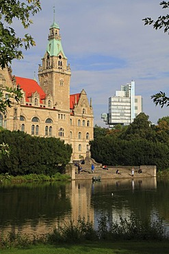 Neues Rathaus city hall and headquarters of the Nord LB bank, Maschpark, Hannover, Lower Saxony, Germany, Europe