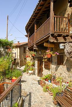Romantic alley with flowers, mountain village of Kakopetria, Troodos Mountains, Southern Cyprus, Republic of Cyprus, Mediterranean Sea, Europe