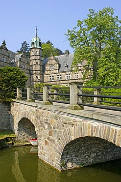 Schloss Haemelschenburg Castle near Hamelin, Weserbergland, Weser Uplands, Lower Saxony, Germany, Europe