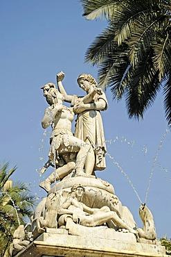 Fountain dedicated to Simon Bolivar, South American independence fighter, Plaza de Armas Square, Santiago de Chile, Chile, South America