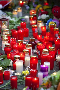 Candles to commemorate the victims of the stampede at the Love Parade in 2010, Duisburg, Ruhr Area, North Rhine-Westphalia, Germany, Europe