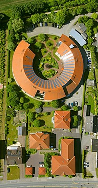 Aerial view, circular building, red roof, old people's home, Alt-Oer retirement home, Oer-Erkenschwick, Ruhrgebiet area, North Rhine-Westphalia, Germany, Europe