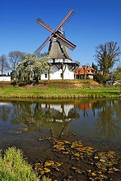 Johanna windmill in Wilhelmsburg district, Hamburg, Germany, Europe