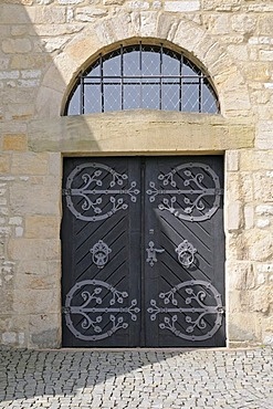 Door, wrought-iron fittings, Kaiserpfalz, Goslar, Lower Saxony, Germany, Europe