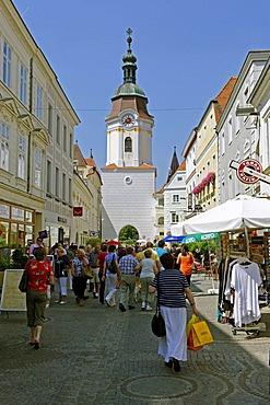 Obere Landstrasse street with Steiner Tor city gate, Krems, Wachau quarter, Lower Austria, Europe