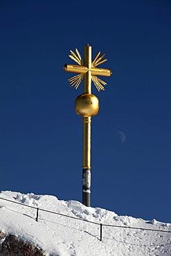Summit cross, Zugspitze Mountain, 2962m, winter, Bavaria, Germany, Europe