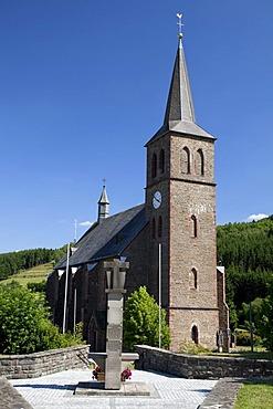 Parish Church, Zueschen, Winterberg, Sauerland, North Rhine-Westphalia, Germany, Europe