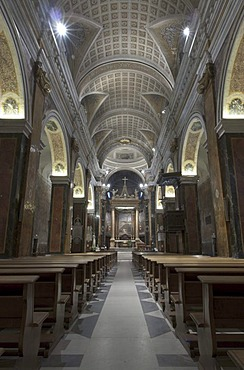 Indoor view of the Duomo, Cathedral of Rieti, official name Cattedrale di Santa Maria Madre di Dio, Cattedrale dell'Assunta, begun in 1109, consecrated in 1225, radical baroque renovation in 1639, Rieti, Latium, Italy, Europe