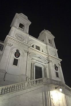 Night view of the Chiesa della Trinita dei Monti, Rome, Latium, Italy, Europe