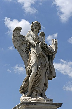 Angel with the garment and dice, by Paolo Naldini, one of the ten statues of angels with symbols of the Passion, design by Bernini, Ponte Sant'Angelo, Rome, Latium, Italy, Europe