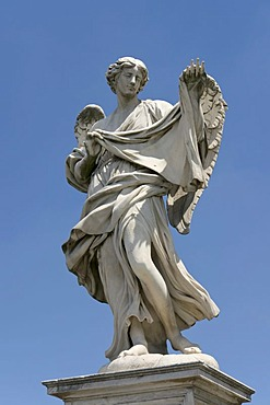 Angel with the sudarium, Veronica's veil, by Cosimo Fancelli, one of the ten statues of angels with symbols of the Passion, design by Bernini, Ponte Sant'Angelo, Rome, Latium, Italy, Europe