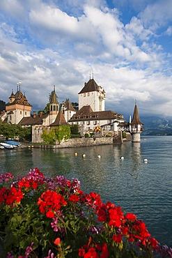 Oberhofen Castle on Lake Thun, canton of Bern, Switzerland, Europe