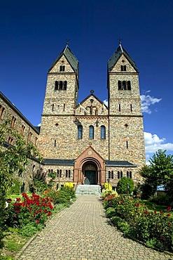 Wine trail H7 at the monastery of Saint Hildegard in Rudesheim, founded by Hildegard von Bingen, Rheinland Pfalz, Germany, Europe