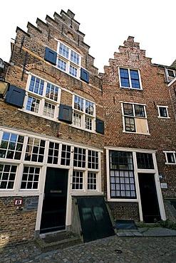 Historic warehouses of the cooper guild, Kuiperspoort storehouses, Middelburg, Walcheren peninsula, Zeeland province, Netherlands, Benelux, Europe