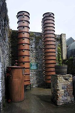 Still or distilling apparatus, Locke's Distillery, the oldest licensed whiskey distillery in the world, Kilbeggan, Westmeath, Midlands, Ireland, Europe