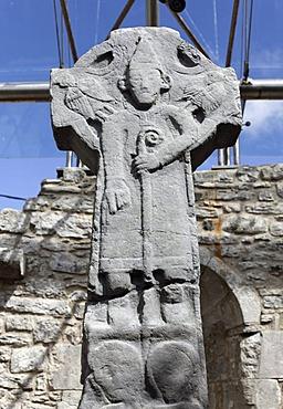 Doorty Cross, high cross in Kilfenora Cathedral, Burren, County Clare, Ireland, Europe